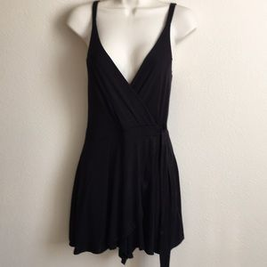 ONE ❤️ CLOTHING Romper. Sz. Small